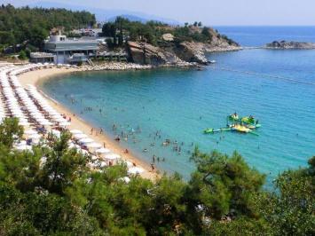 Batis Beach