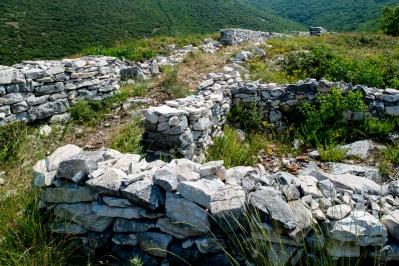 Alte Akropolis im Dorf Platanias