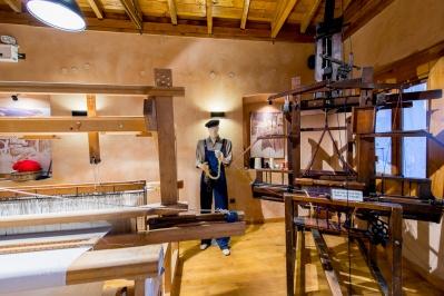 Seidekunstmuseum Soufliou - Seide Fabrik Tsakiris